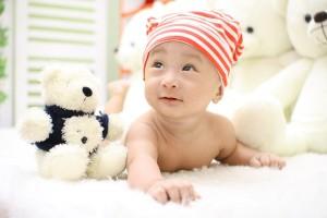 赤ちゃんに日焼け止めをする際の注意点: 日焼け止めクリームを塗るのも3ヶ月目から