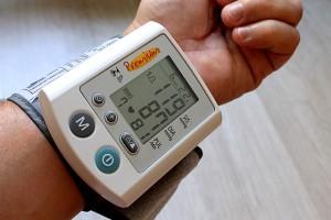 お父さんの健康を保つプレゼント4 : 血圧計
