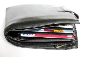 父の日は財布をプレゼント!1万円以内の掘り出し物を紹介♪